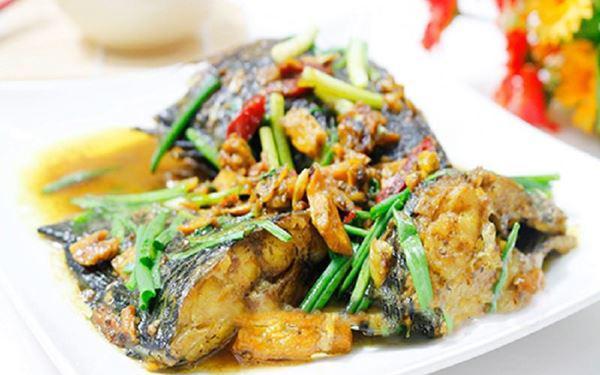 Công thức nấu cá kho nghệ miền Trung thơm ngon và béo ngậy